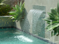 Pool water feature