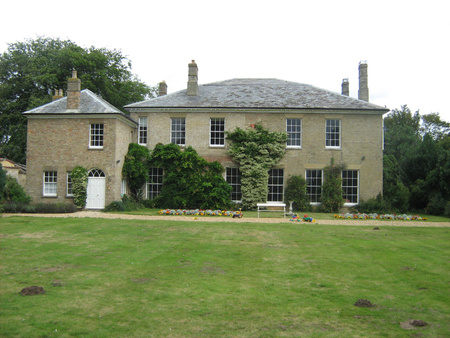 Rear of house (South facing garden): This shows only the main lawn, there are much more extensive gardens