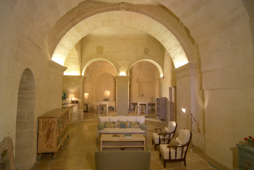 Lobby of the L'hotel in Pietra - The ancient Church of S. Giovanni, XIII S