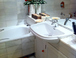 Main bathroom: Bath and bidet.