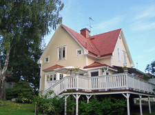 House-view-from-garden.jpg