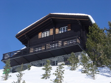 2010.01_Arosa_Chalet_Muchetta,_after_Paintjob_014.jpg