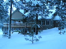 cabin_in_snow_winter_04.JPG
