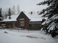 IMG_4267_-_Aspen_house_winter.JPG