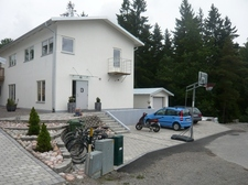 64327_House from the outside.jpg