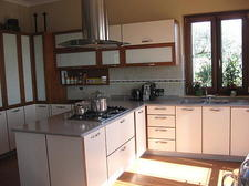 Sun-filled, fully equipped kitchen